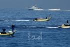 زوراق الاحتلال تٌلاحق مراكب الصيادين شمال قطاع غزة