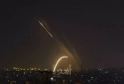 الجيش الإسرائيلي ينشر فيديو لانفجار ضخم جراء صواريخ من غزة ويتوعد بالرد