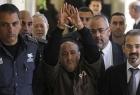 """مروان البرغوثي يدعو إلى الالتفاف حول المقاومة..ويدعو إلى حماية فتح من محاولات """"تبهيتها""""!"""