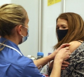 نيويورك تايمز: السلطات الصحية الأميركية تقرر التخلص من 60مليون جرعة لقاح المضاد لكورونا