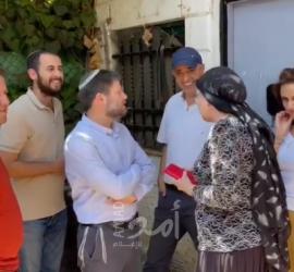 """عضو الكنيست """"بتسلئيل سموتريتش"""" يقتحم حي الشيخ جراح"""