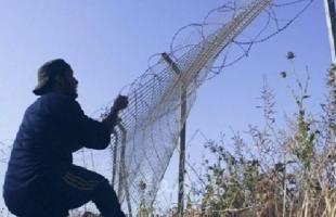 الجيش الإسرائيلي يعتقل فلسطينييْن اثنين تسللا عبر السياج جنوب قطاع غزة