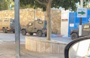 جيش الاحتلال يداهم منزل حاتم عبد القادر في القدس