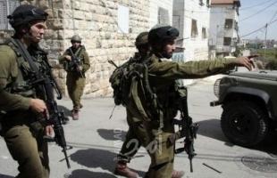 قوات الاحتلال تحتجز أطفال فلسطينيين للتحقيق معهم