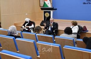 الحكومة الفلسطينية: أمريكا تحاول إنعاش الشق العربي من صفقة ترامب بعد أن فشلت في فرضها علينا
