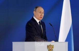 """""""بوتين"""" يؤكد أهمية تطوير لقاحات جديدة ضد فيروس كورونا"""
