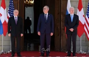"""البيت الأبيض يوضح معنى """"إيماءة"""" بايدن التي رد بها على سؤال حول بوتين"""
