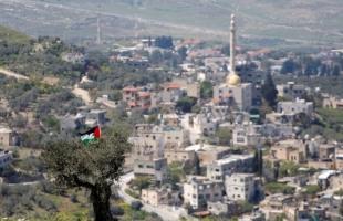 """الخليل: جيش الاحتلال ينفذ حملة تجريف في """"قصرة"""" وإقامة بؤرة استيطانية"""