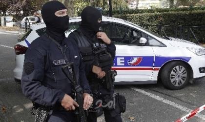 فرنسا: اعتقال مسلح بسكين كبير تجول وسط باريس