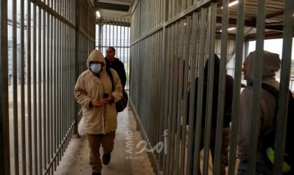 """واللا: (80) ألف عامل فلسطيني دخلوا إلى إسرائيل """"الأحد"""" في ظل موجة """"كورونا"""" الثانية"""