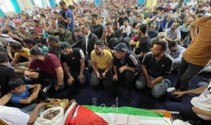 الخليل: تشييع جثمان الناشط الفلسطيني نزار بنات- صور وفيديو